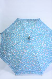きもの日傘 水色小紋きもの 正面から見た
