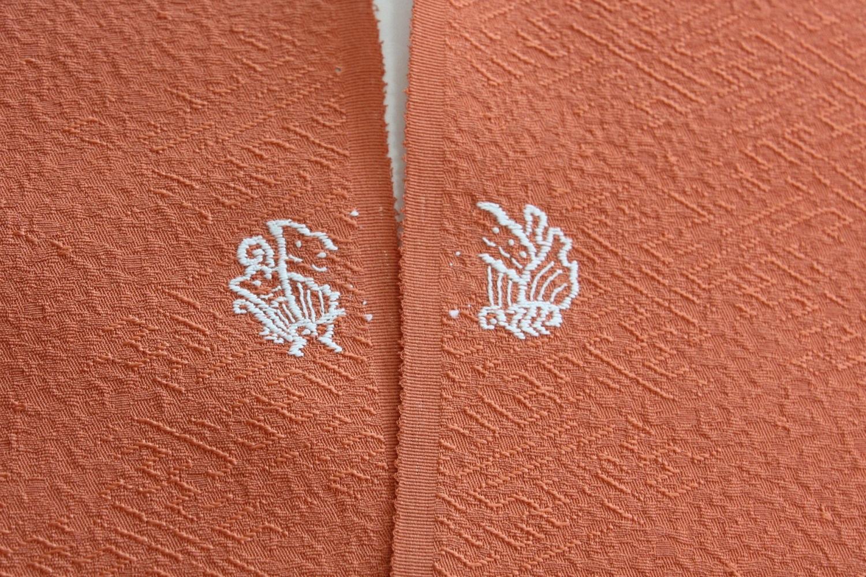 刺繍紋 白色